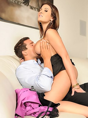 Hot MILF Tit Sucking Porn Pictures