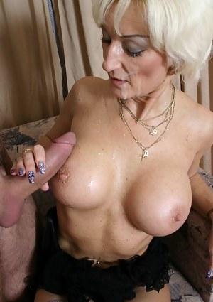 Hot MILF Cumshot Porn Pictures