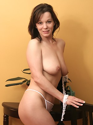 Hot MILF Thong Porn Pictures